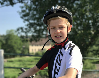 boy-cycling